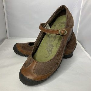 Merrell Plaza MJ Brown Suede Mary Jane 6.5/37